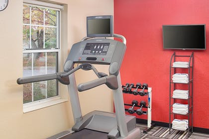 Sports Facility | Towneplace Suites by Marriott Horsham