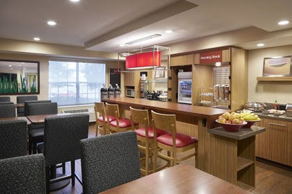 Restaurant | Towneplace Suites By Marriott Milpitas