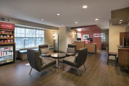 Lobby | Towneplace Suites By Marriott Milpitas