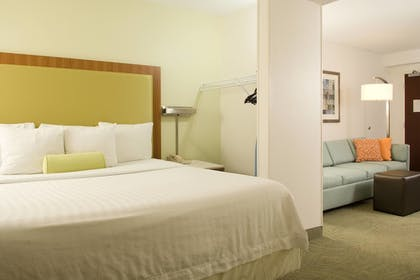 Guestroom | SpringHill Suites by Marriott Convention Center/I-drive
