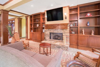 Lobby | Hawthorn Suites Conyers
