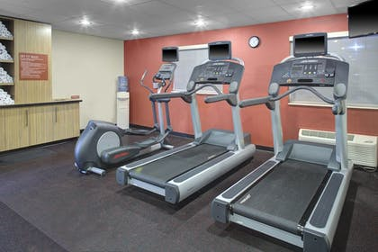 Sports Facility | TownePlace Suites by Marriott Wichita East