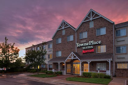 Exterior | TownePlace Suites by Marriott Wichita East