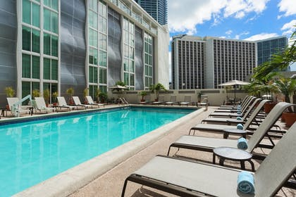 Sports Facility | Courtyard by Marriott Miami Downtown