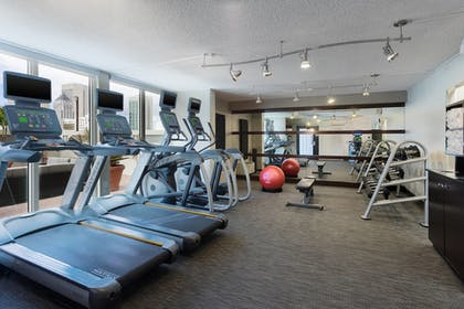 Fitness Facility | Courtyard by Marriott Miami Downtown