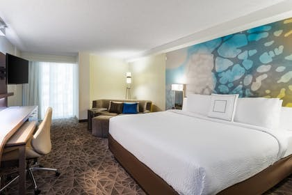 Guestroom | Courtyard by Marriott Miami Downtown