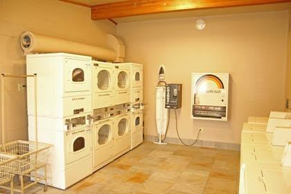 Laundry Room | Best Western Sunset Inn