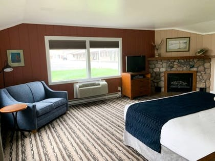 Guestroom | Best Western Sunset Inn