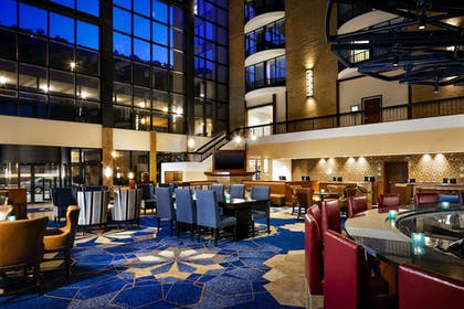 Lobby | Sheraton Pittsburgh Hotel at Station Square