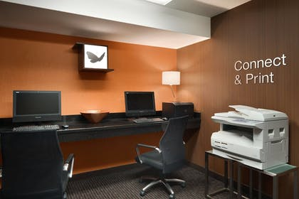 Business Center | Fairfield Inn & Suites by Marriott Minneapolis Bloomington/Mall of Ame