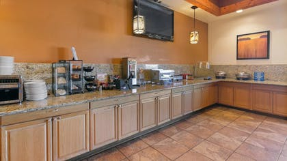 Breakfast Area | Best Western Prescottonian