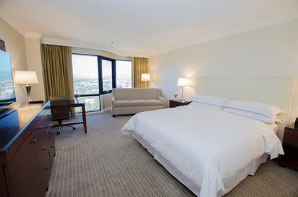 In-Room Business Center | Hilton Los Angeles-Universal City