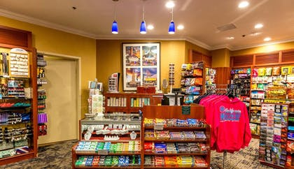 Gift Shop | Hilton Los Angeles-Universal City