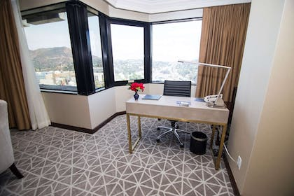 View from Room | Hilton Los Angeles-Universal City