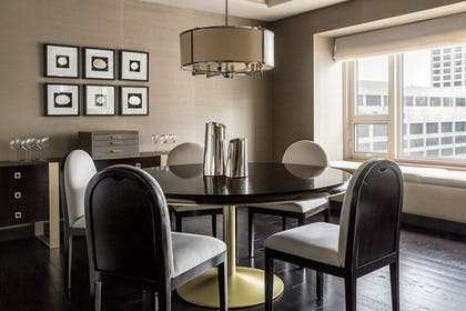 | Lake Suite Designed with Bottega Veneta | Park Hyatt Chicago