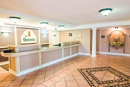 Featured Image | La Quinta Inn by Wyndham Indianapolis Airport Lynhurst