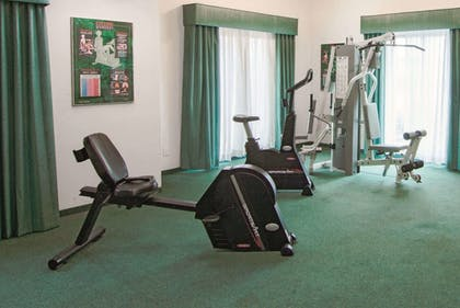 Fitness Facility | La Quinta Inn by Wyndham Indianapolis Airport Lynhurst
