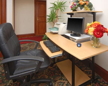 Business Center |  | Comfort Inn and Suites San Francisco Airport North