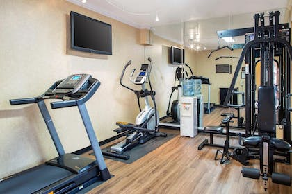 Fitness Facility |  | Comfort Inn and Suites San Francisco Airport North