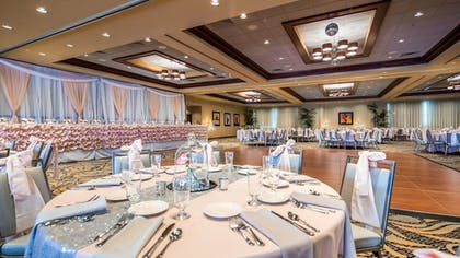 Ballroom | Best Western Plus Oswego Hotel and Conference Center