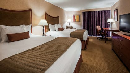 Guestroom | Best Western Plus Oswego Hotel and Conference Center