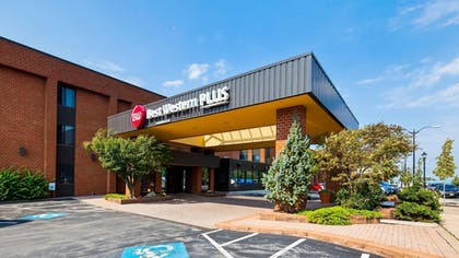 Featured Image | Best Western Plus Oswego Hotel and Conference Center