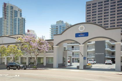 Exterior | Baymont by Wyndham San Diego Downtown