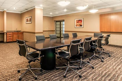 Meeting Facility   Comfort Inn & Suites Omaha Central