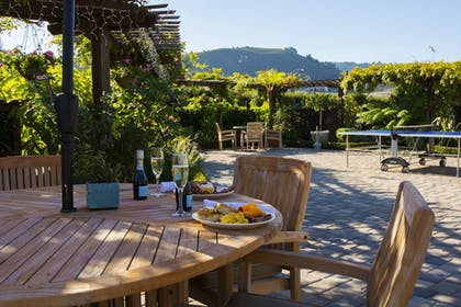 Outdoor Dining | Carmel Mission Inn