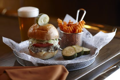 Food and Drink | The American Club