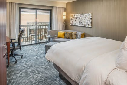 Room | Courtyard by Marriott Seattle Bellevue/Redmond