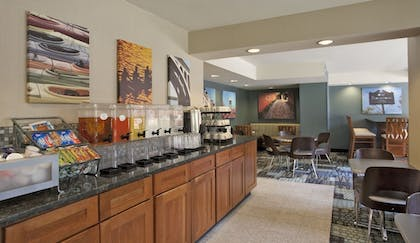 Property Amenity | Georgetown Suites Courtyard