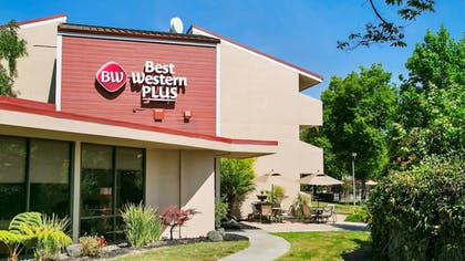 Featured Image | Best Western Plus Garden Court Inn
