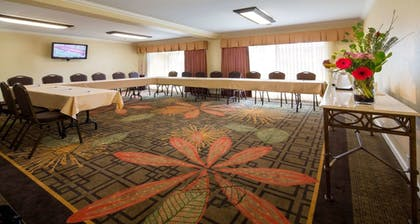 Meeting Facility | Best Western Plus Garden Court Inn