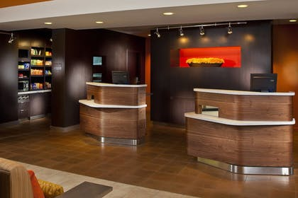 Hotel Interior | Courtyard by Marriott Memphis Airport