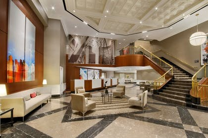 Lobby | DoubleTree by Hilton Hotel Toronto Downtown