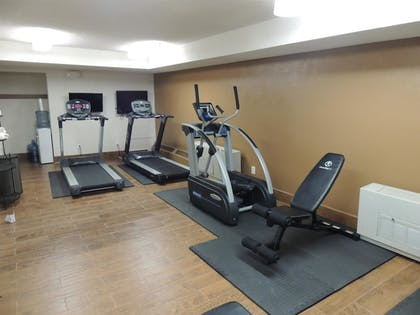 Sports Facility | Best Western Tower West Lodge