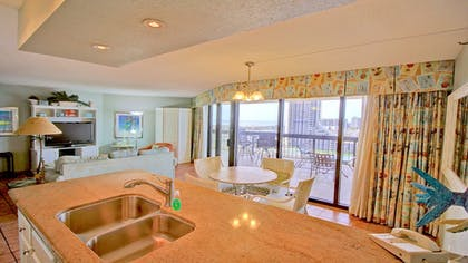Guestroom | Pearl South Padre