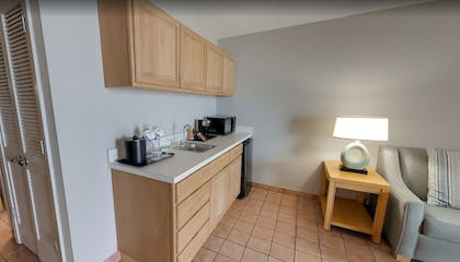 Private Kitchenette   Pearl South Padre