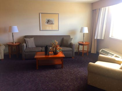 Living Room | Best Western Plus Waterville Grand Hotel