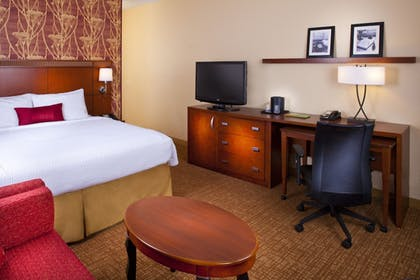 | Standard Suite, 1 King Bed with Sofa bed | Courtyard by Marriott Little Rock West