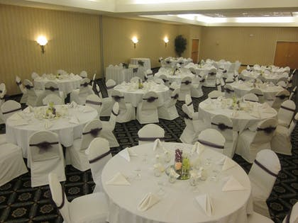 Ballroom | Quality Suites Lake Wright - Norfolk Airport
