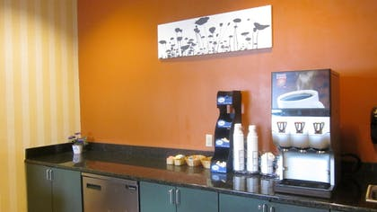 Coffee Service | Quality Suites Lake Wright - Norfolk Airport