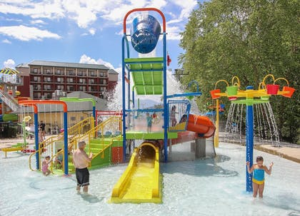 Childrens Pool | Country Cascades Waterpark Resort