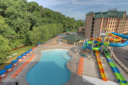 Water Park | Country Cascades Waterpark Resort