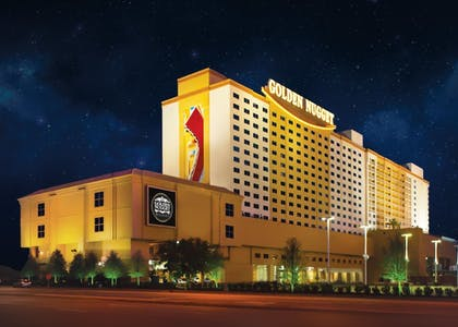 Hotel Front - Evening/Night | Golden Nugget Biloxi