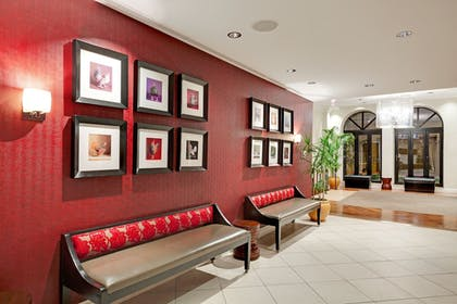 Interior | Holiday Inn Express Chicago-Magnificent Mile