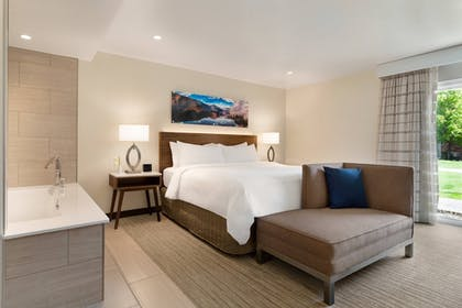Room | Delta Hotels by Marriott Helena Colonial