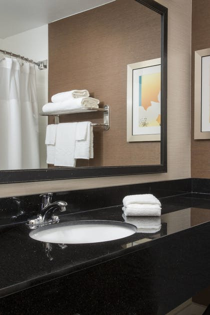 Bathroom | Fairfield Inn & Suites Greeley