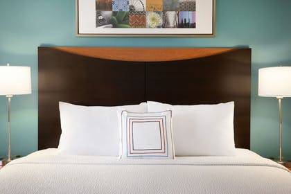 Guestroom | Fairfield Inn & Suites Greeley